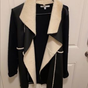 Jacket sweater with faux leather and fur